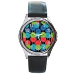 Vibrant Retro Pattern Round Metal Watch Front