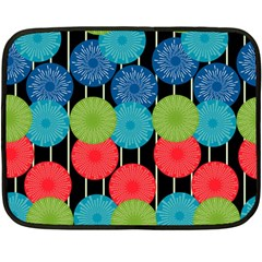 Vibrant Retro Pattern Fleece Blanket (Mini)