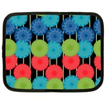 Vibrant Retro Pattern Netbook Case (XXL)  Front