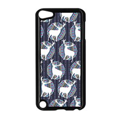 Geometric Deer Retro Pattern Apple iPod Touch 5 Case (Black)