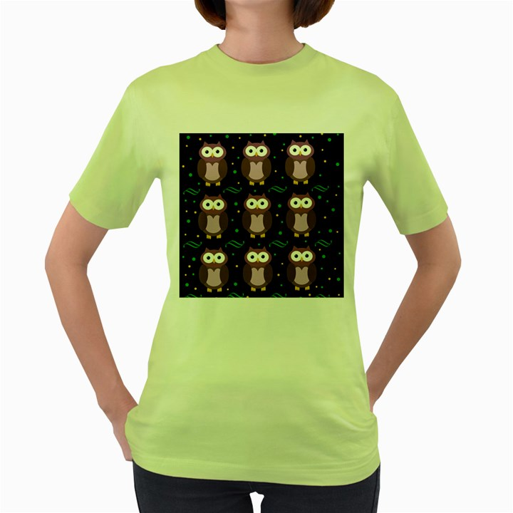 Halloween purple owls pattern Women s Green T-Shirt