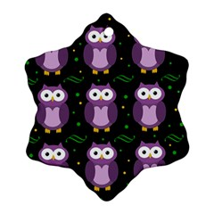 Halloween purple owls pattern Ornament (Snowflake)