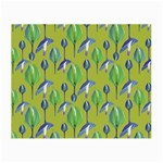 Tropical Floral Pattern Small Glasses Cloth Front
