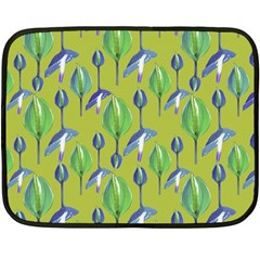 Tropical Floral Pattern Fleece Blanket (Mini)