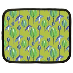 Tropical Floral Pattern Netbook Case (XL)