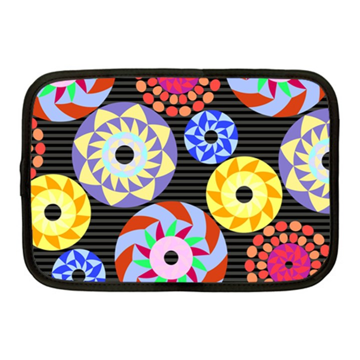 Colorful Retro Circular Pattern Netbook Case (Medium)