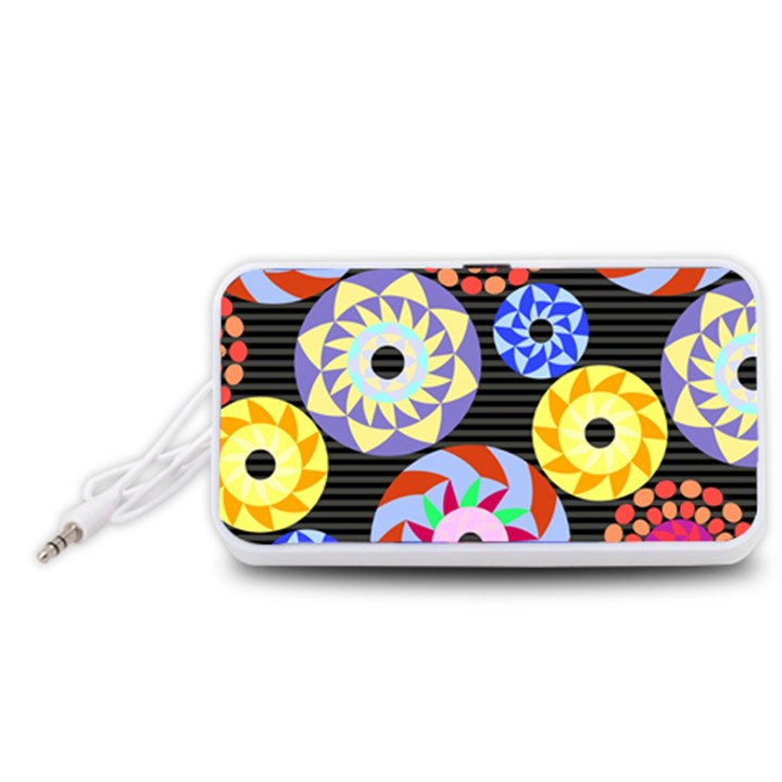 Colorful Retro Circular Pattern Portable Speaker (White)