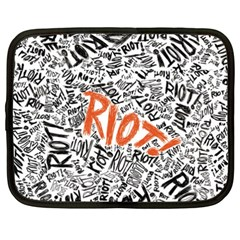 Paramore Is An American Rock Band Netbook Case (XXL)