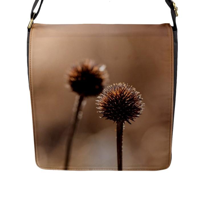 2  Verwelkte Kugeldistel Flap Messenger Bag (L)