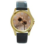 Withered Globe Thistle In Autumn Macro Round Gold Metal Watch Front