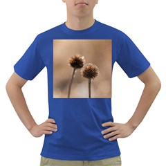 Withered Globe Thistle In Autumn Macro Dark T Shirt