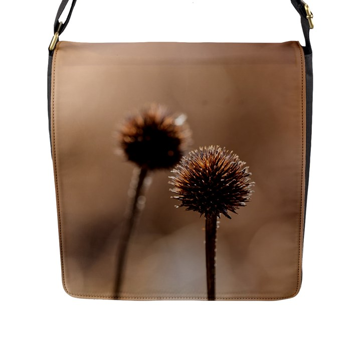 Withered Globe Thistle In Autumn Macro Flap Messenger Bag (L)