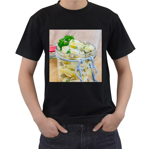 Potato salad in a jar on wooden Men s T-Shirt (Black)
