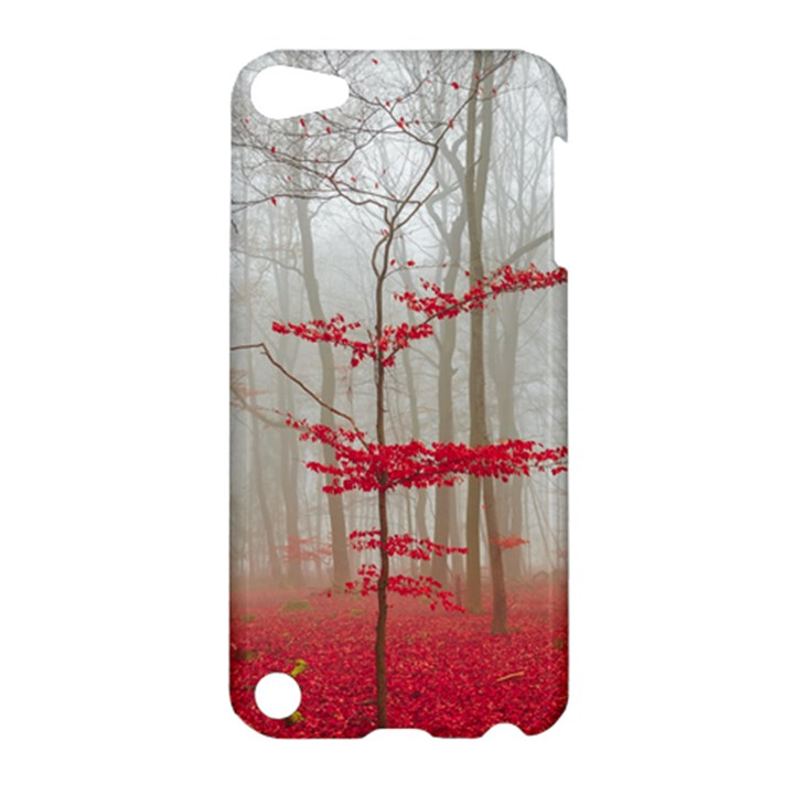 Magic forest in red and white Apple iPod Touch 5 Hardshell Case
