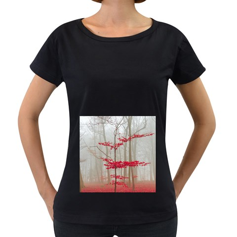 Magic Forest In Red And White Women s Loose-Fit T-Shirt (Black)