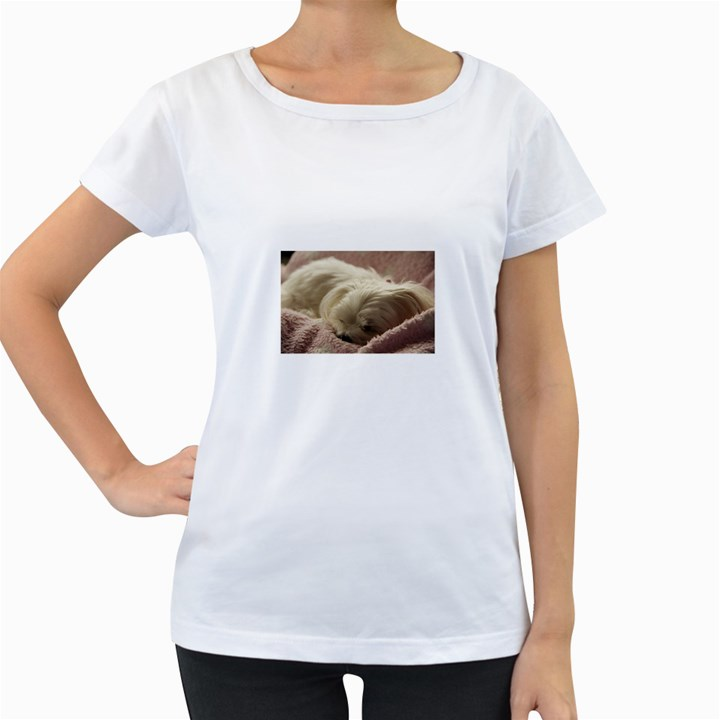 Maltese Sleeping Women s Loose-Fit T-Shirt (White)