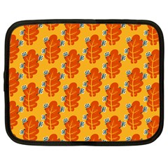 Bugs Eat Autumn Leaf Pattern Netbook Case (large)