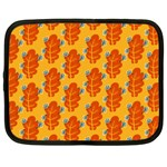 Bugs Eat Autumn Leaf Pattern Netbook Case (XXL)  Front