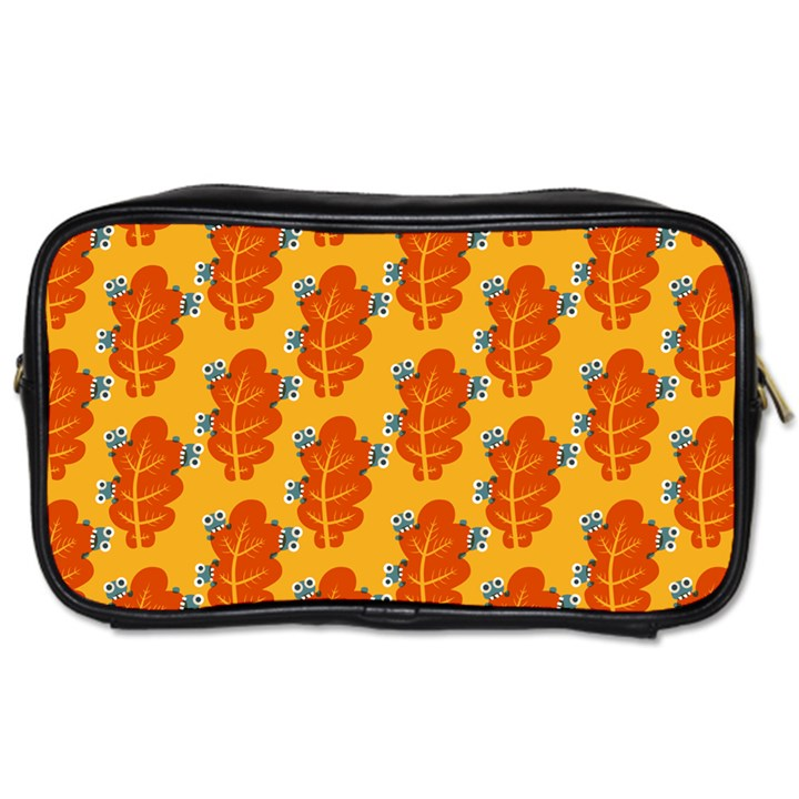 Bugs Eat Autumn Leaf Pattern Toiletries Bags 2-Side