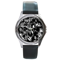 Black and white miracle Round Metal Watch