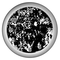 Black and white miracle Wall Clocks (Silver)