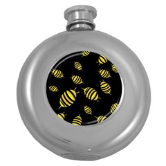 Decorative bees Round Hip Flask (5 oz)