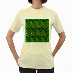 Reindeer pattern Women s Yellow T-Shirt
