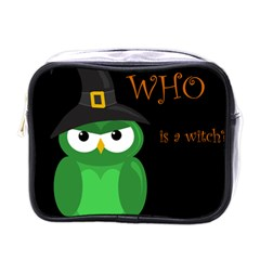 Who is a witch? - green Mini Toiletries Bags