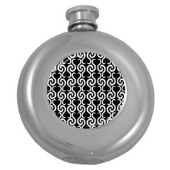 Black and white pattern Round Hip Flask (5 oz)