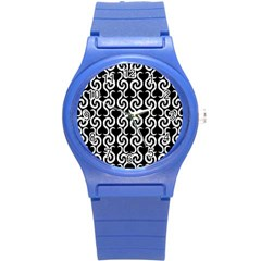 Black and white pattern Round Plastic Sport Watch (S)