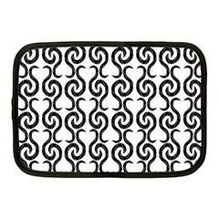 White and black elegant pattern Netbook Case (Medium)