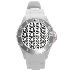 White and black elegant pattern Round Plastic Sport Watch (L)
