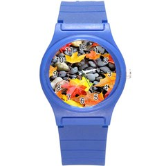 Colorful Leaves Stones Round Plastic Sport Watch (S)