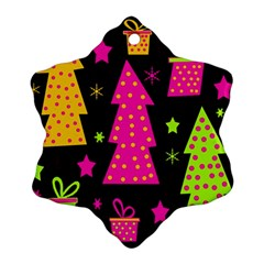 Colorful Xmas Ornament (Snowflake)