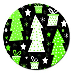 Green Playful Xmas Magnet 5  (Round)