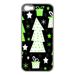 Green Playful Xmas Apple iPhone 5 Case (Silver)