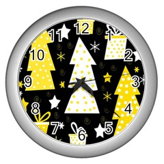 Yellow playful Xmas Wall Clocks (Silver)