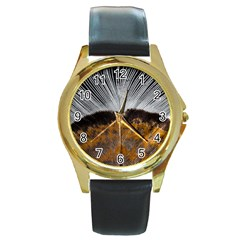 Spring Bird Feather Turkey Feather Round Gold Metal Watch