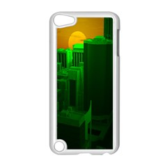 Green Building City Night Apple iPod Touch 5 Case (White)