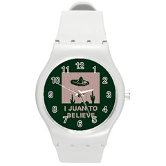 I Juan To Believe Ugly Holiday Christmas Green background Round Plastic Sport Watch (M)
