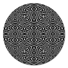 Black and White Tribal Pattern Magnet 5  (Round)