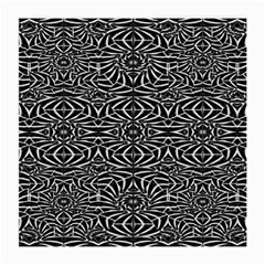 Black and White Tribal Pattern Medium Glasses Cloth