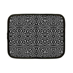 Black and White Tribal Pattern Netbook Case (Small)