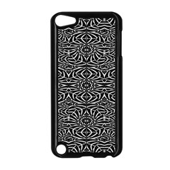 Black and White Tribal Pattern Apple iPod Touch 5 Case (Black)