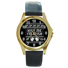 Kiss Me I m Irish Ugly Christmas Black Background Round Gold Metal Watch