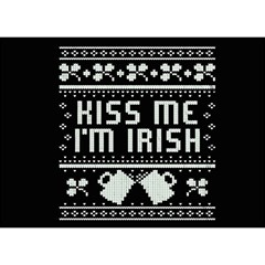 Kiss Me I m Irish Ugly Christmas Black Background Birthday Cake 3d Greeting Card (7x5)