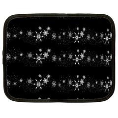Black elegant  Xmas design Netbook Case (XL)