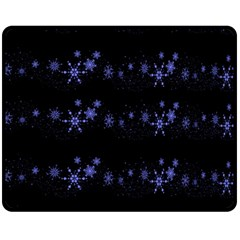 Xmas elegant blue snowflakes Fleece Blanket (Medium)