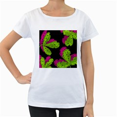 Decorative leafs  Women s Loose-Fit T-Shirt (White)