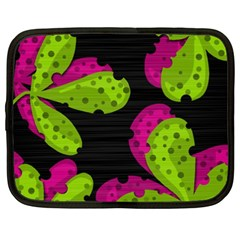 Decorative leafs  Netbook Case (XXL)